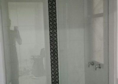 Divisiones de baño en vidrio templado bogota 13