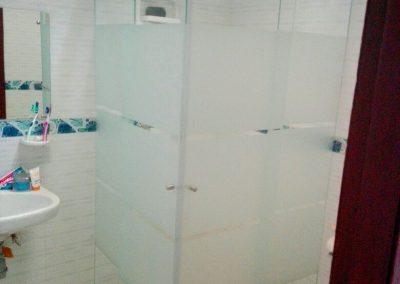 Divisiones de baño en vidrio templado bogota 15