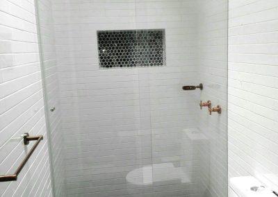 Divisiones de baño en vidrio templado bogota 5
