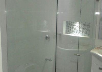 Divisiones de baño en vidrio templado bogota 6