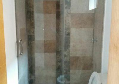 Divisiones de baño en vidrio templado bogota 7